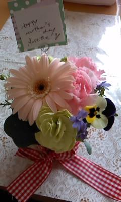 母の日に贈るアレンジフラワー・ワークショップ by Rosette